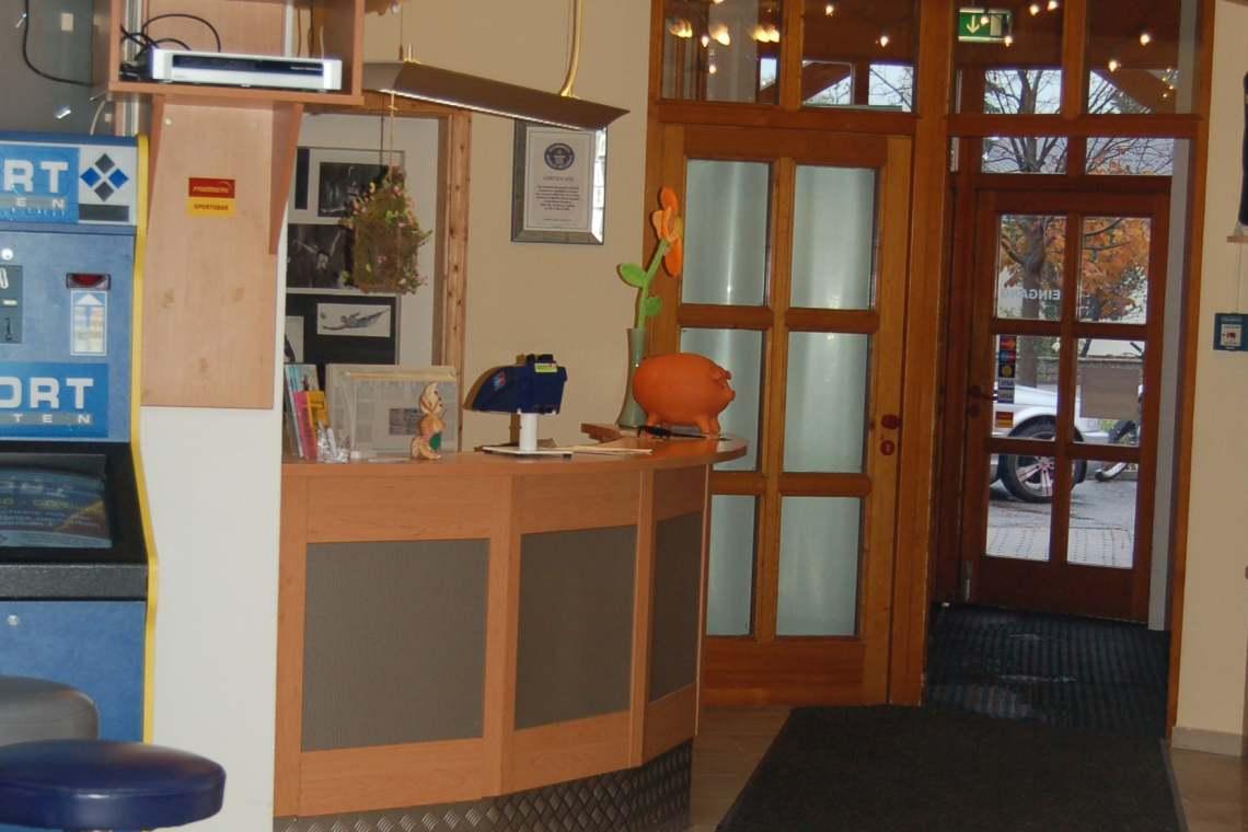 2007-Eingangsbereich-01